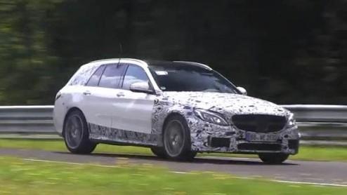 Autonieuws: Mercedes-Benz C63 AMG Estate vliegt over de Ring