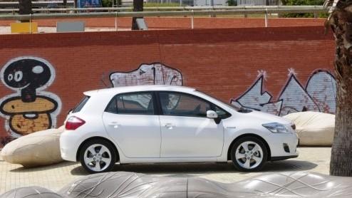 Toyota Auris Autotest De Hybride Die Niet Gezien Mag Worden