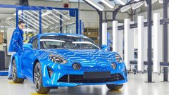 https://www.autovandaag.nl/Autovandaag/assets/media/medium/Alpineproductie-van-start-5a32c462dc905.jpg