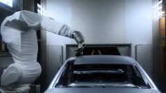 https://www.autovandaag.nl/Autovandaag/assets/media/medium/Audi-spuit-twee-kleur-in-n-spuitgang-5b4ee9d3cb154.jpg