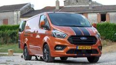 https://www.autovandaag.nl/Autovandaag/assets/media/medium/Ford-Transit-daar-zit-muziek-in-5b5ee8062d7ba.jpg
