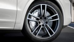 https://www.autovandaag.nl/Autovandaag/assets/media/medium/Remprimeur-op-Porsche-Cayne-Turbo-5a4f4302070a2.jpg