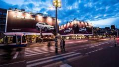 https://www.autovandaag.nl/Autovandaag/assets/media/medium/Vandaag-Volvo-XC40-als-rijd-showroom-5acf153879ea3.jpg