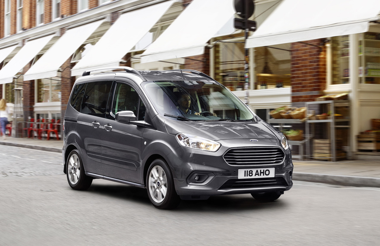 2017 - [Ford] Tourneo/Transit restylé - Page 3 Ford-Connect-Courier-in-revisie-5a252d8a4a09f