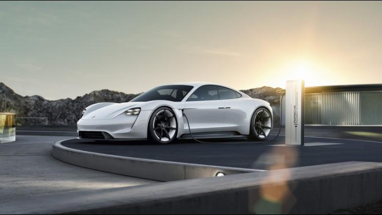 Porsche Mission E Eerste Elektrische Porsche Heet Taycan