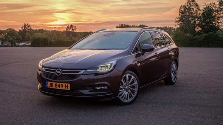 Opel Astra Autotest Opel Astra Sports Tourer