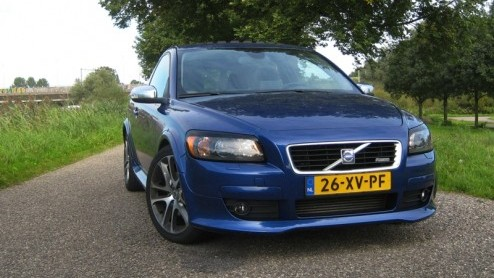 volvo c30 autotest urban style volvo c30 t5 summum r design. Black Bedroom Furniture Sets. Home Design Ideas